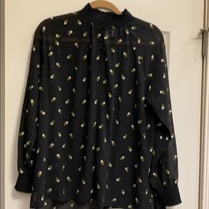 Cabi Embroidered Blouse size Small